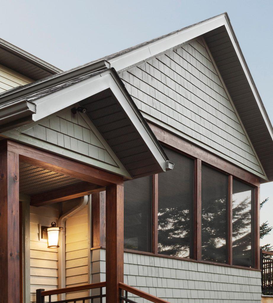 détail toit chalet mur cèdre