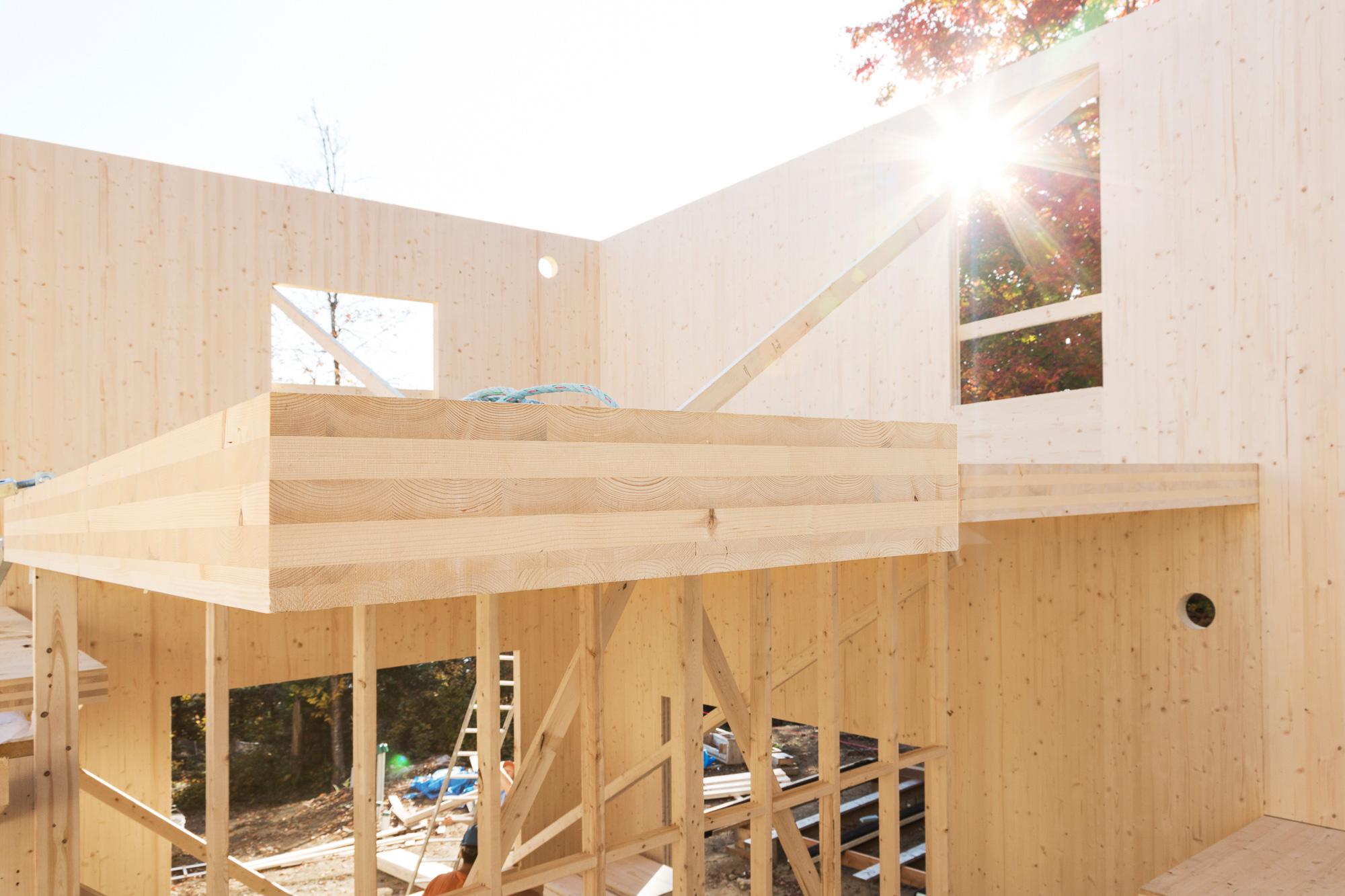 maison construction murs plancher bois