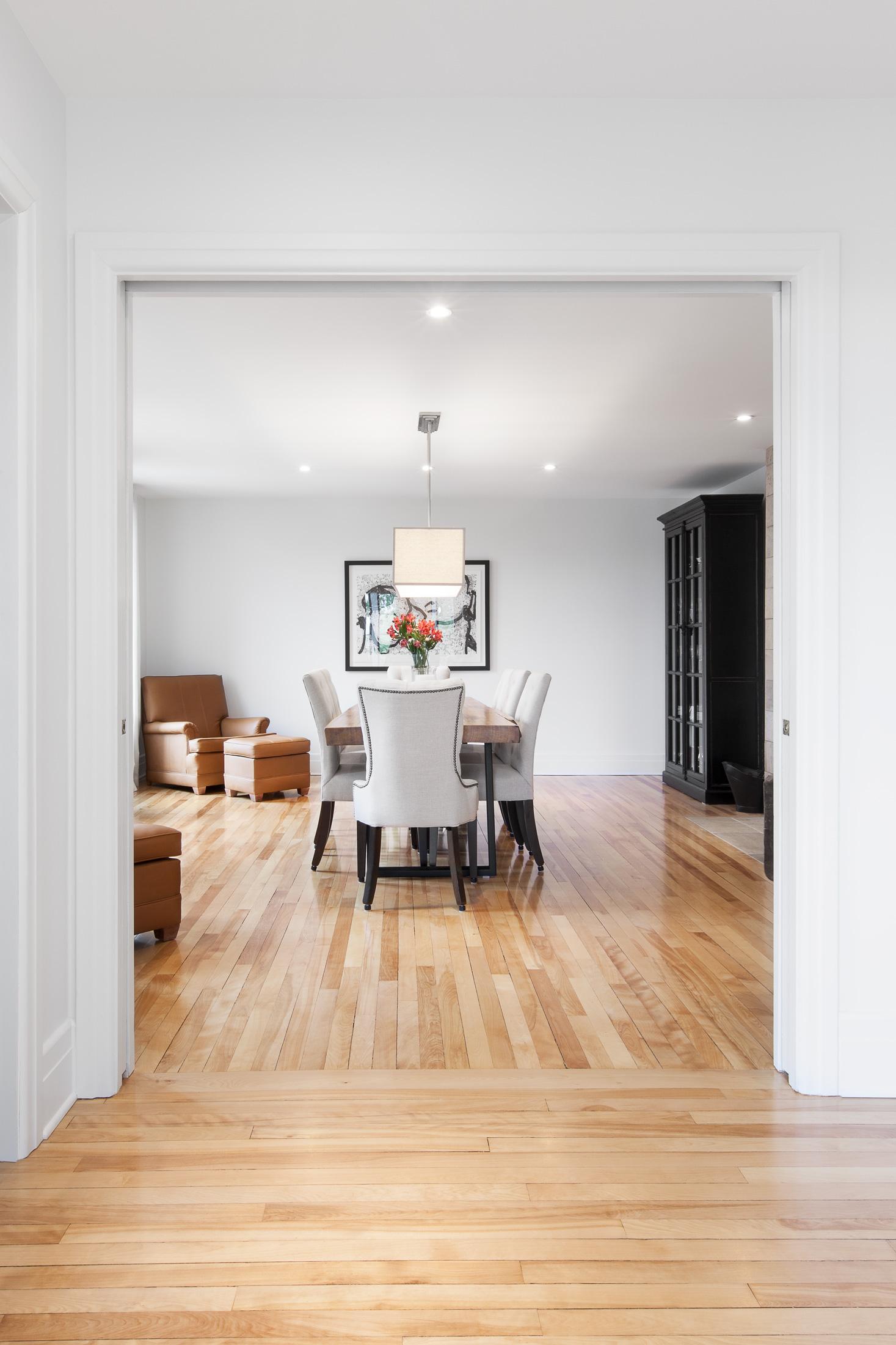salle à manger plancher bois