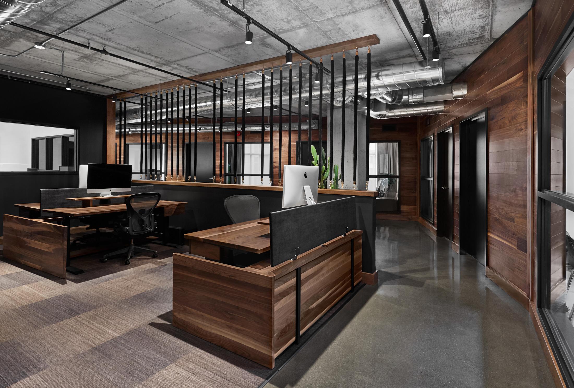 espaces travail bureaux murs bois