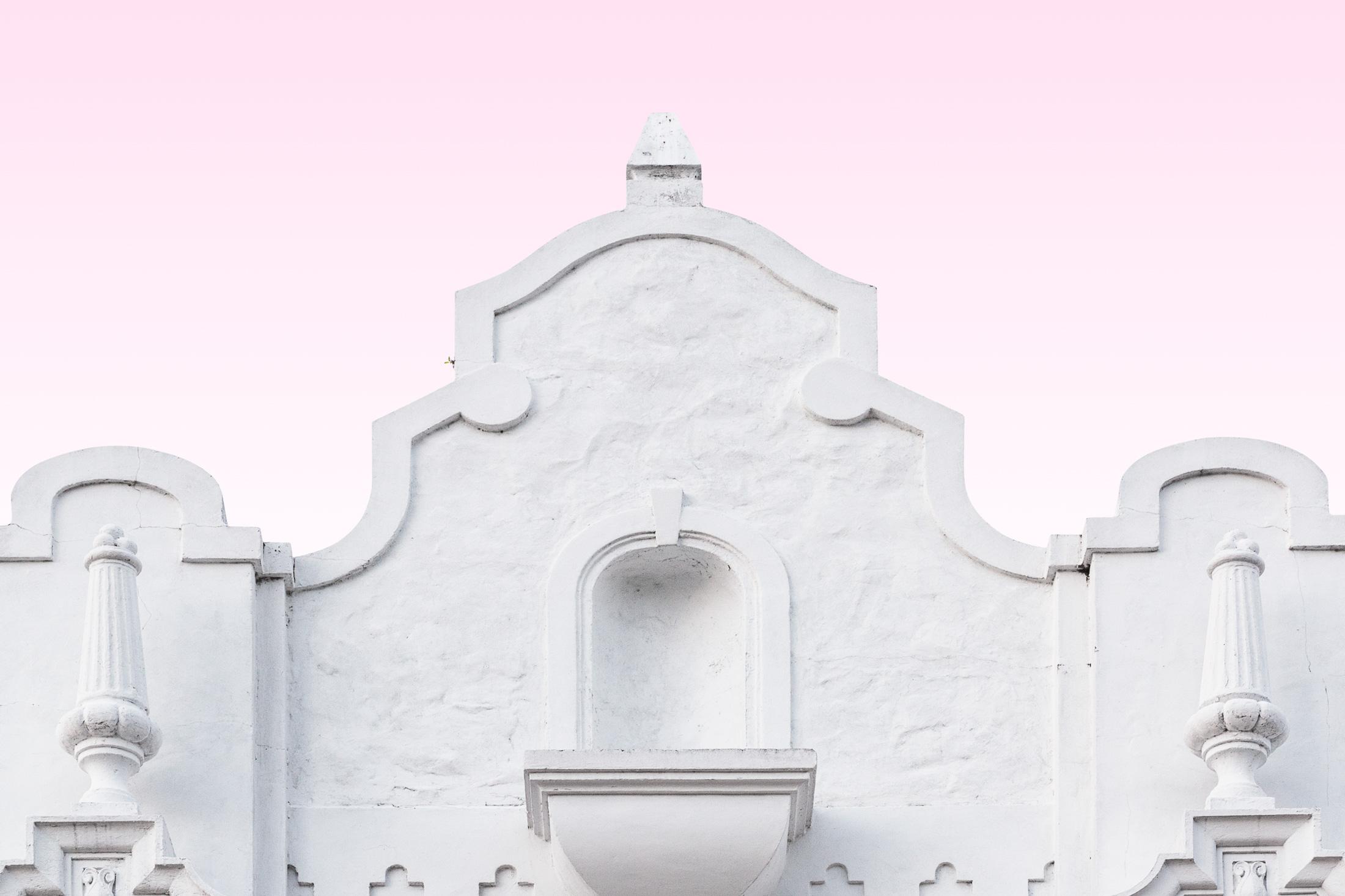 architecture façade église blanche art déco